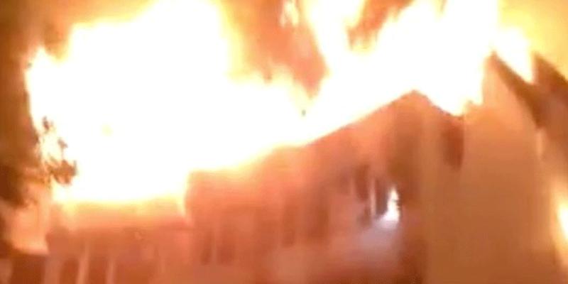 BREAKING: Fire engulfs Sabo market in Sagamu